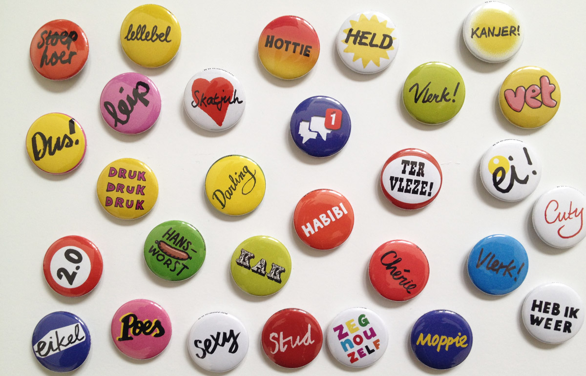Buttons for language books